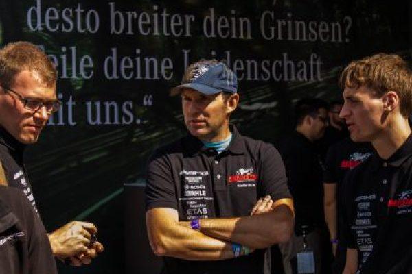 http://rennstall-esslingen.de/Version3/wp-content/uploads/2019/08/20160810-IMG_5886_Teil-1_061-600x400.jpg
