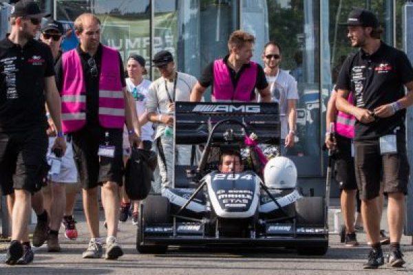 http://rennstall-esslingen.de/Version3/wp-content/uploads/2019/08/20160814-IMG_8825_Endurance-Abschluss_068-600x400.jpg