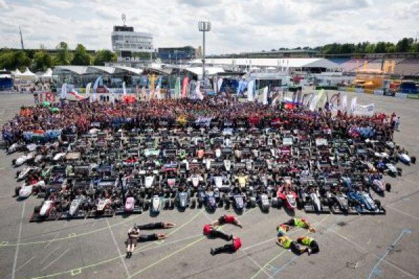 http://rennstall-esslingen.de/Version3/wp-content/uploads/2019/08/20170809_13-59-38_3607_klein-600x400.jpg
